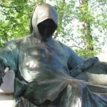 8 autores que se esconderam atrás de pseudónimos