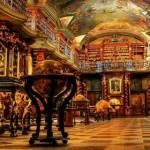 A biblioteca Clementinum em Praga é a mais bonita do mundo